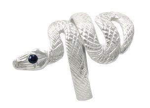 Ring in Form einer Schlange mit einem blauen Strassstein 925-silber
