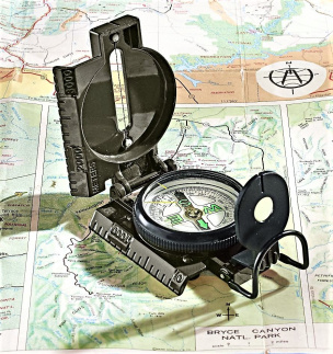 Armeekompass schwarz