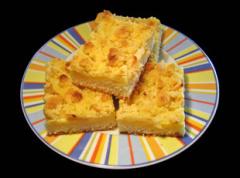 Streuselkuchen mit Apfelstückchen