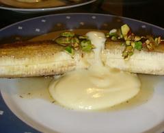 Gebratene Banane mit Honig und Vanillejoghurt